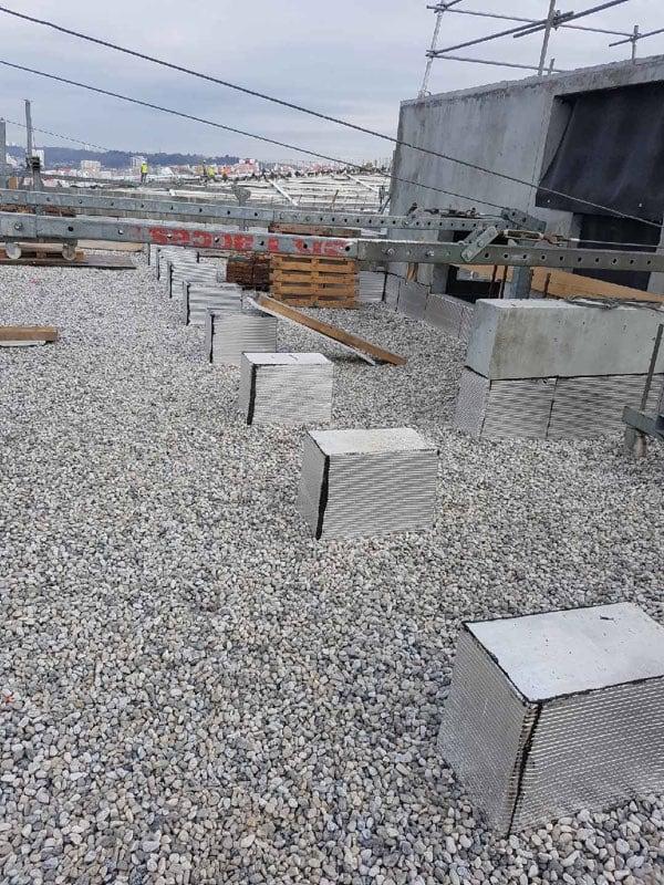 Pose de graviers sur toit terrasse par EIB Bordeaux